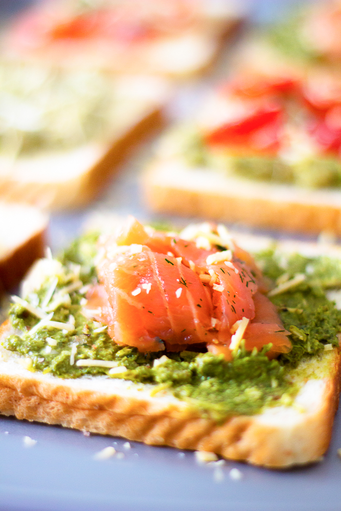 Be Creative with your Toasts | A Breakfast Bruschetta Bar Part1