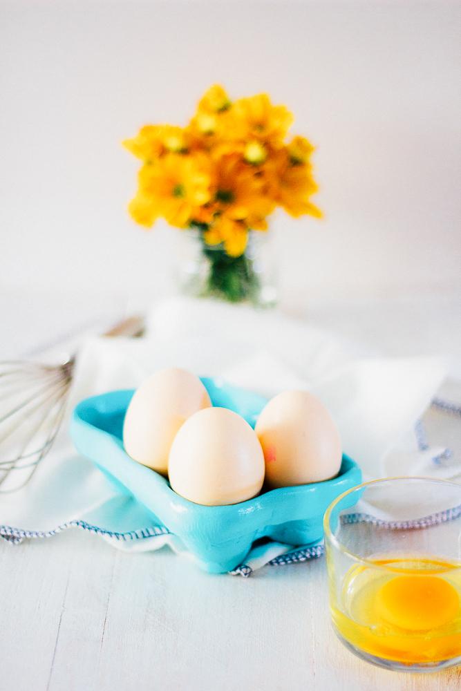 DIY | Farmer's Egg Crate by Le Plain Canvas