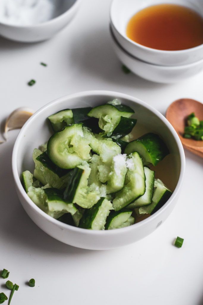 Easy Cucumber Salad | LePlainCanvas